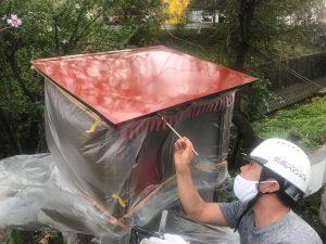 牛田本町(二又土手)地蔵尊の屋根塗装ボランティア