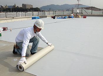 屋上 塩ビシート防水機械固定工法