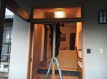 玄関ドア枠 カバー工法